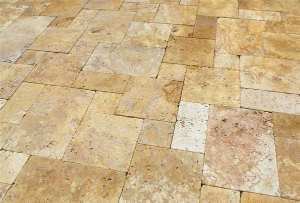 GOLD-TUMBLED-TRAVERTINE